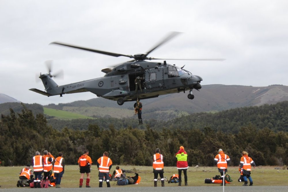 AREC Helps tick boxes on new RNZAF Chopper (1/2)